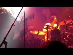 """#Slayer drummer Dave Lombardo joins #mariachi band on stage for """"Raining Blood"""" cover"""