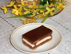 Jogurtovo-jablkový koláč Tiramisu, Ethnic Recipes, Anna, Food, Basket, Meal, Essen, Tiramisu Cake