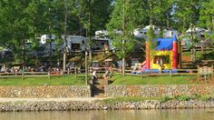 Halesford Harbour RV Park and Resort offers a premier RV Park campground, 24-room motel, and a marina with boat rentals, boat launch, fish and tackle store and restaurant. Halesford Harbour RV Park and Resort, nestled in a quiet cove at Smith Mountain Lake, is surrounded by nature and offers frequent sightings of wildlife that is native to the Blue Ridge Mountain region of Virginia.