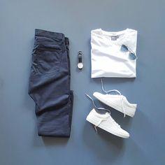 Men Casual T-Shirt Outfit 🖤 Very Attractive Casual Outfit Grid, Komplette Outfits, Casual Outfits, Men Casual, Fashion Outfits, Casual Chic, Smart Casual, Retro Mode, Mode Vintage, Asos Men