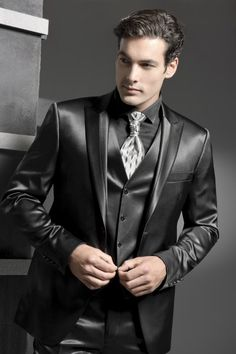 Peaked Lapel One Button Black Tuxedos Fashion Terno Masculino Formal High Quality Costume Made Wedding Men, Wedding Suits, Wedding Tuxedos, Mens Fashion Suits, Mens Suits, Zoot Suits, Leather Fashion, Leather Men, Prom Suit Jackets
