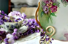 My 1929 Charmer | Shades Of Purple Flowers And A Vignette | http://my1929charmer.com