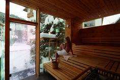 Gesund schwitzen in unserer Sauna mit herrlichem Ausblick Sauna, Wellness, Windows, Healthy, Window, Ramen