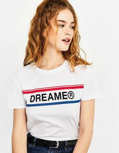 Discover Bershka's new Spring 2020 T-shirt collection for women. Printed, camisole or slogan T-shirts with free delivery on orders over Girls Fashion Clothes, Girl Fashion, Clothes For Women, Mens Fashion Wear, Womens Fashion For Work, Shirt Print Design, Shirt Designs, Kpop Shirts, Geile T-shirts