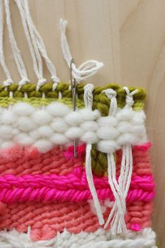 How to remove your weave from the loom (plus weaving tips). Found at 'A Beautiful Mess' Weaving Textiles, Tapestry Weaving, Loom Weaving, Yarn Crafts, Diy Crafts, Weaving Wall Hanging, Wall Hangings, Weaving Projects, Beautiful Mess