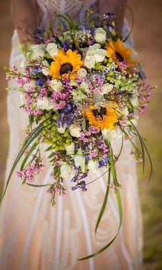 10 Rustic Wedding Essentials - COWGIRL Magazine