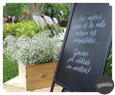 Detalles, pizarra con mensaje en caligrafía personalizado ~ Ceremonia