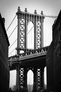 Visiting or planning a trip to Brooklyn? IF so, download this one day travel guide
