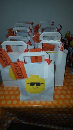 Goodie bag lego party