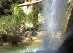 """Antiguo molino transformado en casa rural en Horta de Sant Joan Terra Alta situado en el Parque Natural de """"Els Ports"""", con jardin natural de encinas centenarias,..."""