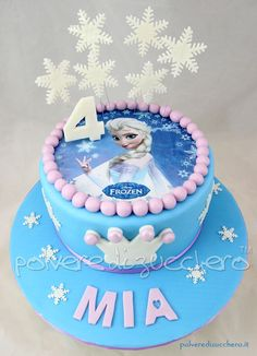 Bolo Frozen Ideias Lindas e Divertidas Frozen Theme Cake, Frozen Themed Birthday Party, Bolo Frozen, Elsa Torte, Pastel Frozen, Elsa Birthday Cake, Camo Wedding Cakes, Elsa Cakes, Nautical Cake