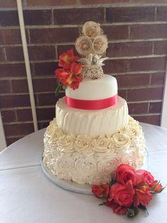 Flower swirl wedding cake