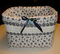 Basket Organization, Fabric Boxes, Handmade Bags, Fabric Crafts, Hand Sewing, Diaper Bag, Diy And Crafts, Sewing Projects, Shabby