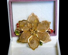 Vintage KC Kenneth Cole Christmas Holiday Gold Mesh Enamel Poinsettia Brooch Pin #KennethColeKC #KCPoinsettiaHollyChristmasBroochorPin