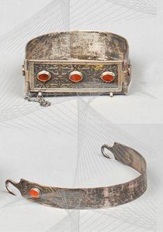Turkmenistan | Tekke headdress ornaments; silver and carnelian | 250€ HP ~ 11/15 | 135630835929