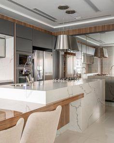 Kitchen Room Design, Modern Kitchen Design, Dining Room Design, Kitchen Island Dining Table, Big Living Rooms, Modern Kitchen Interiors, Cuisines Design, Home Kitchens, New Homes