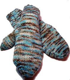 Ravelry: Basic Mittens pattern by Laura Lough