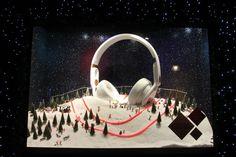 Selfridges Christmas_Window_Display_2013