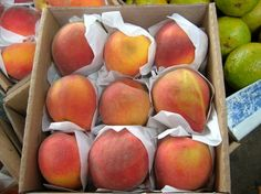 Les propietats de la bresquilla Peach, Fruit, Food, Plants, Essen, Peaches, Meals, Yemek, Eten
