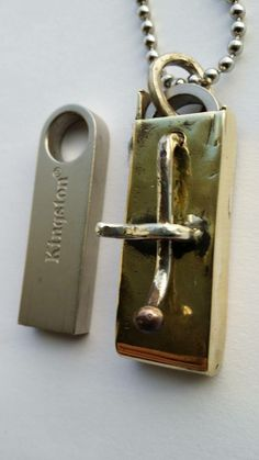 2013-12-27 USB memorystick brass and silver by Mikael Brolin