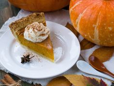 🥧Pumpkin Cheesecake is ready to impress this holiday season! Share your favorite pumpkin recipe this season Pumpkin Cheesecake Recipes, Vegan Pumpkin Pie, Canned Pumpkin, Pumpkin Recipes, Recipes With Whipping Cream, Cream Recipes, Perfect Pumpkin Pie, Coconut Whipped Cream, Vegan Baking