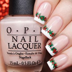 Chrismas Holly Garland French Nails: