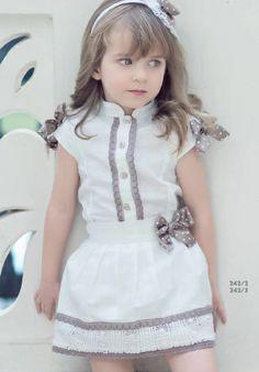 INFANTIL Baby Girl Dress Patterns, Little Dresses, Little Girl Dresses, Girls Dresses, Baby Outfits, Outfits Niños, Kids Outfits, Little Girl Fashion, Toddler Fashion
