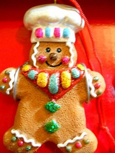 New Set of 3 Gingerbread Men Christmas Ornaments White Ch... https://www.amazon.com/dp/B01N0J5EU6/ref=cm_sw_r_pi_dp_x_aDioybAG0XE16