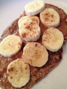Banana Cinnamon Pancakes (55 cal. each!)