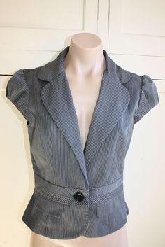 IZ byer California Suit Jacket Striped Short Sleeve size JR's MED. #IZbyer #BLAZER