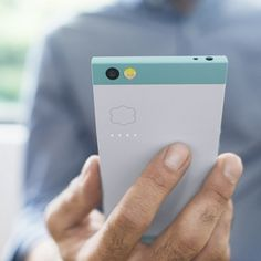 Nextbit's New Robin Phone Gets Close to the Cloud