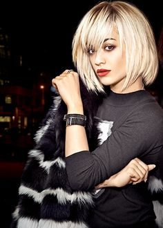 Rita Ora Photos of Hairstyles With Bangs, Pretty Hairstyles, Style Hairstyle, Medium Hair Styles, Short Hair Styles, Hair Affair, Great Hair, Hair Today, Hair Dos
