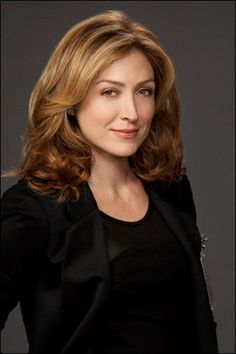 Sasha Alexander; Kate on NCIS  Also love her in Rizzoli and Isles.