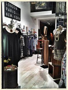 vi aspettiamo, nello store di Via Bertola 25/D Torino, con tantissimi nuovi arrivi collezione p/e 2015. Orario dalle 11,30 alle 20,30. Buona giornata, a presto.