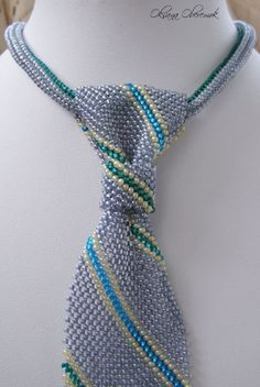 Tie Beaded Men's Women's Necktie Simple diagonal stripe pattern Wedding Accessories by MatthiolaBeads on Etsy Jad, Happy Birthday Gifts, Beaded Jewelry Designs, Anniversary Gifts For Him, Original Gifts, How To Make Beads, Wedding Accessories, Beaded Necklace, Stripe Pattern