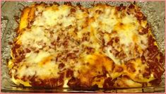 Yummy Stuffed Shells With Ground Beef Recipe - Yummy this dish is very delicous. Let's make Yummy Stuffed Shells With Ground Beef in your home! Jumbo Shells Stuffed, Jumbo Pasta Shells, Stuffed Pasta Shells, Great Recipes, Favorite Recipes, Recipe Ideas, Canned Tomato Sauce, Glass Baking Dish, Ground Beef Recipes