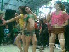 Dangdut singer groped stage.  Stage singer dangdut porn video groped I accidentally get in the marriage celebration event is an assumption or evidence that people's views about the music director will perform better when hot and bold performances in the cafe (or a specific place and closed) is not always true, because it turns out to perform the action that can be done bejad anywhere, such as in the Vimeo video link below.