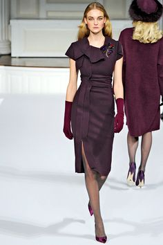 Oscar de la Renta Fall 2011 RTW - Runway Photos - Fashion Week - Runway, Fashion Shows and Collections - Vogue