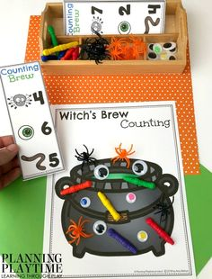 Counting Mats for Preschool Fall Preschool Counting Mats - Witch's Brew Fall Preschool, Preschool Classroom, In Kindergarten, Preschool Crafts, Preschool Halloween Activities, October Preschool Themes, Halloween Crafts For Kids, Halloween Fun, Halloween Halloween