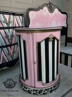 25 ideas for refurbished furniture diy ideas fun Whimsical Painted Furniture, Hand Painted Furniture, Funky Furniture, Refurbished Furniture, Paint Furniture, Repurposed Furniture, Unique Furniture, Furniture Projects, Furniture Makeover