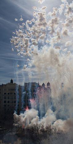 MASCLETÁ in Valencia, Spain South Of Spain, Iberian Peninsula, Valencia Spain, Cities, Spanish, Landscapes, Europe, Clouds, Beach