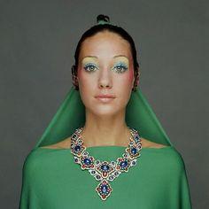 Marisa Berenson in Bulgari necklace. Photo by Gianni Turillazzi.  Vogue, September 1970.