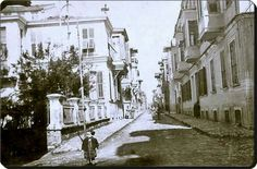 Bakirkoy/1920 ler. Historical Pictures, Istanbul Turkey, Once Upon A Time, Old Photos, Europe, Black And White, History, City, World