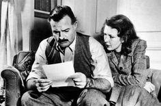 1942 Ernest Hemingway y la periodista Martha Gellhorn Ernest Hemingway, Scott Fitzgerald, Martha Gellhorn, Story Writer, Writing Advice, Short Stories, Fiction, Adventure, Composers