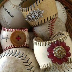 Bracelets from repurposed baseballs and found objects. No directions, but I'm pretty sure I'm crafty enough to figure this out ; Cute Crafts, Diy And Crafts, Arts And Crafts, Baseball Crafts, Baseball Jewelry, Baseball Bracelet, Baseball Mom, Baseball Stuff, Baseball Chair