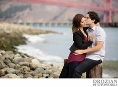 Romantic engagement session in San Francisco.  #engagement #photography #drozianphotoworks