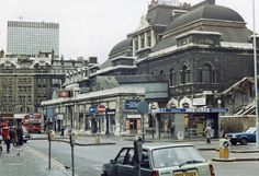Broad Street station, City of London 1983 (photograph by Ben Brooksbank). Broad Street closed in 1986 and was demolished to make way for the 'Broadgate' development. Vintage London, Old London, London City, East End London, North London, Disused Stations, History Of England, Swinging London, Liverpool Street