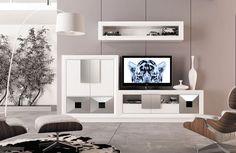 Modular moderno lacado en blanco y plata. Detalles de puertas en forma de diamante con apertura push. Flat Screen, Sweet Home, Explore, Nice, House, Ideas, Shape, Home, Furniture Showroom