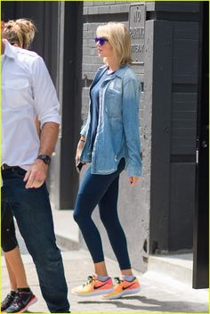 Taylor Swift Gets in a Workout With Pal Martha Hunt