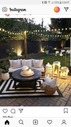 "Love this backyard Liebe diesen Hinterhof Source by cynthianesteby"", ""pinner"": {""username"": ""first_name"": ""Garten dekoration ""domain_url"": ""gartendeko.ml"", ""is_default_image"": false, ""image_medium_url"":. Backyard Patio Designs, Backyard Landscaping, Backyard Seating, Cozy Backyard, Backyard Porch Ideas, Oasis Backyard, Cozy Patio, Backyard Paradise, Modern Backyard"